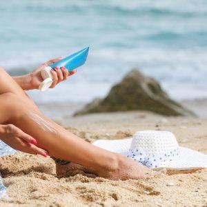 Kemiska solskydd: kemikalier tar sig in i kroppen