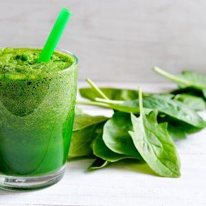 Grön Smoothie med sallad, persilja & Ängsblandning